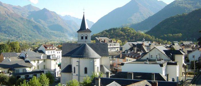 1-village-Argelès-Gazost-1087x530