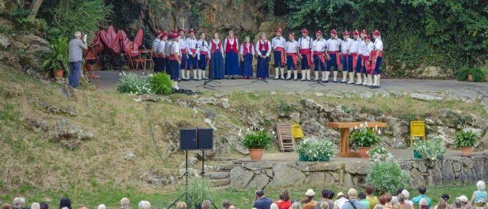 Bagneres-de-Bigorre-Chanteurs-Montagnards-1024x530
