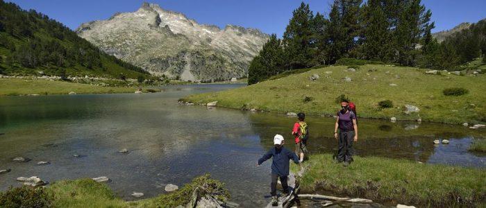 Bagneres-de-Bigorre-randonnée-1024x530