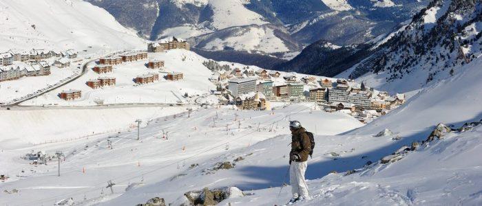 Bagneres-de-Bigorre-ski-1024x530