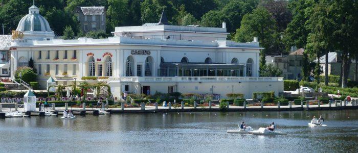 Casino-Lac-Cr®dit-Grand-Domaine-Bagnoles-de-lOrne-1760x530