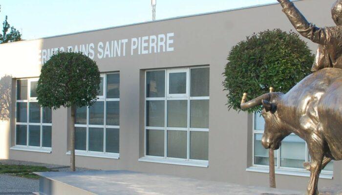 Façade côté rue des Bains Saint Pierre