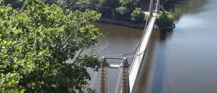Pont-suspendu-©terresdecombraille-1600x530